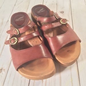 Dansko brown slip on 3 strap leather sandal EUR 38